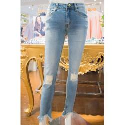 Lorenza Lt Wash Jeans image here