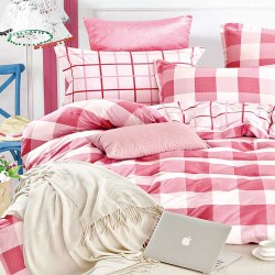 Double Size 3 in 1 Printed Beddings Red checkered image here