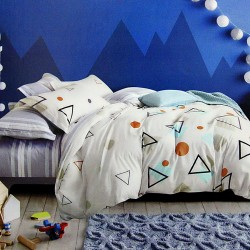 Queen size 3 in 1 Bed sheet Triangle image here