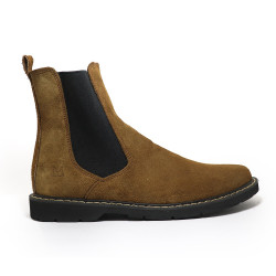FLAT GOLD CHELSEA BOOTS BY NINO image here